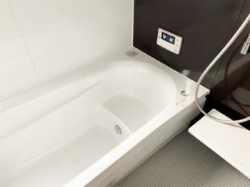 内窓も取付け快適浴室交換工事