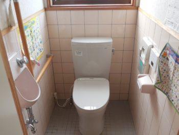 """~トイレを洗う""""除菌水ウォシュレット&便器リモデル""""工事~"""