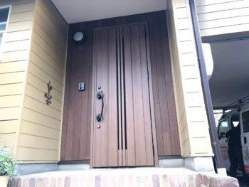 玄関まわりを「ガラッと」リニューアル工事