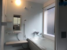 段差の無い寒さ和らぐ安心な浴室へ