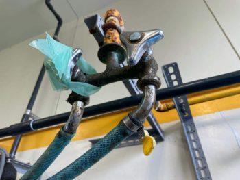 作業場の水栓金具をリフレッシュ