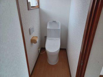 古くなったトイレが一日で大変身♪