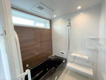 土間スペースに洗面&浴室空間を新設♪