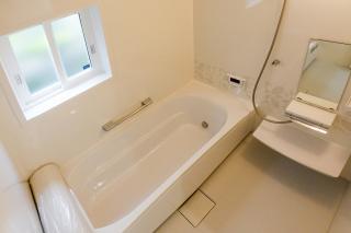 お風呂のリフォームをお考えの方へリフォーム時の注意点を紹介します